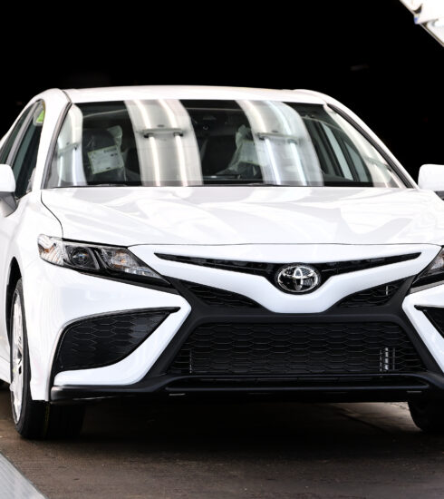 Toyota Camry 10 millones